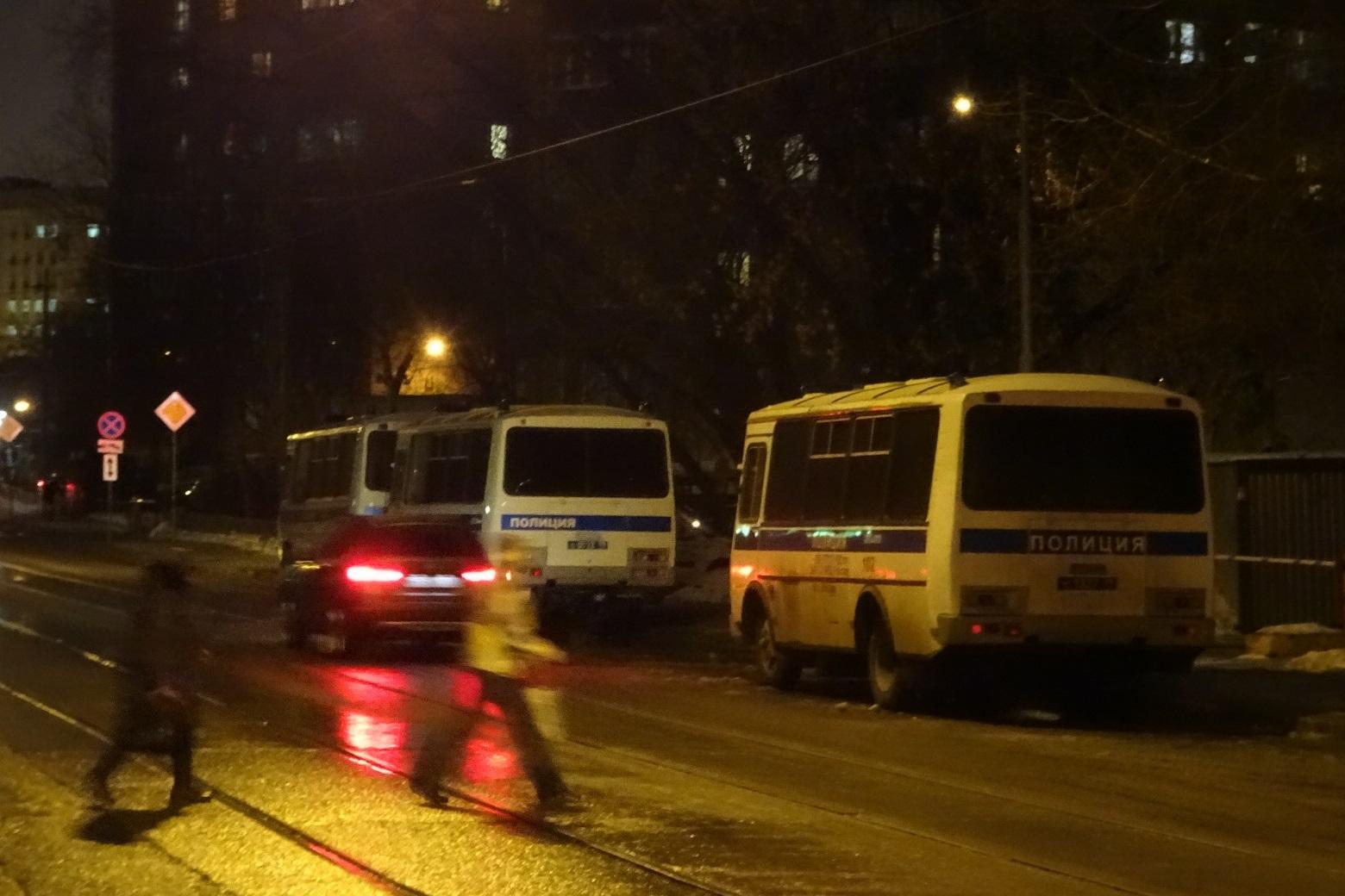 Автозаки полиции